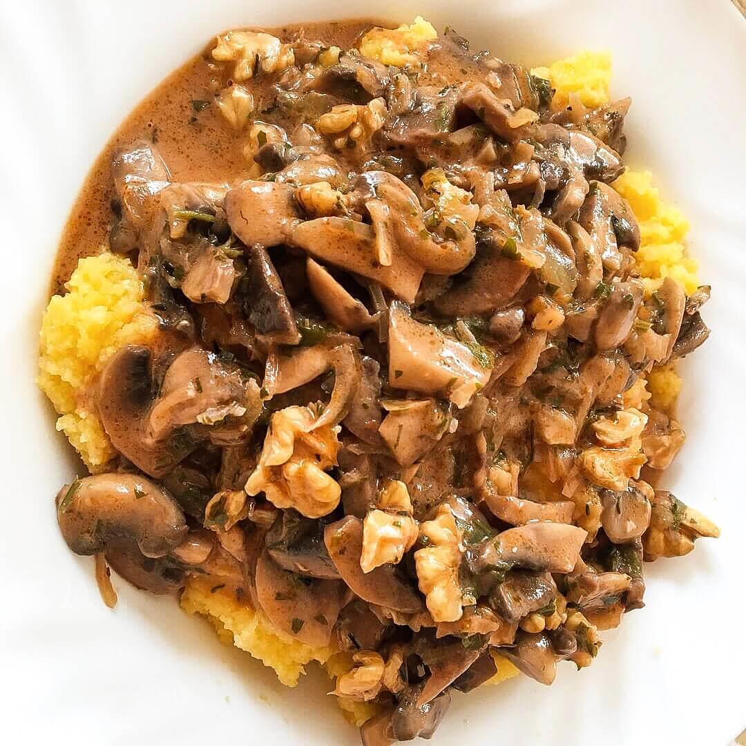 10-minute vegan mushroom sauce