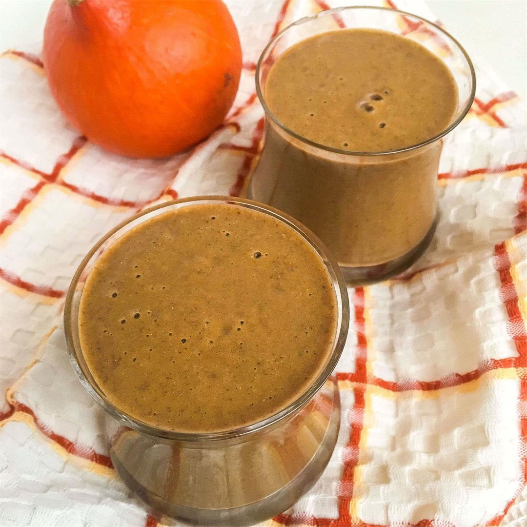 Immunity-boosting pumpkin spice smoothie