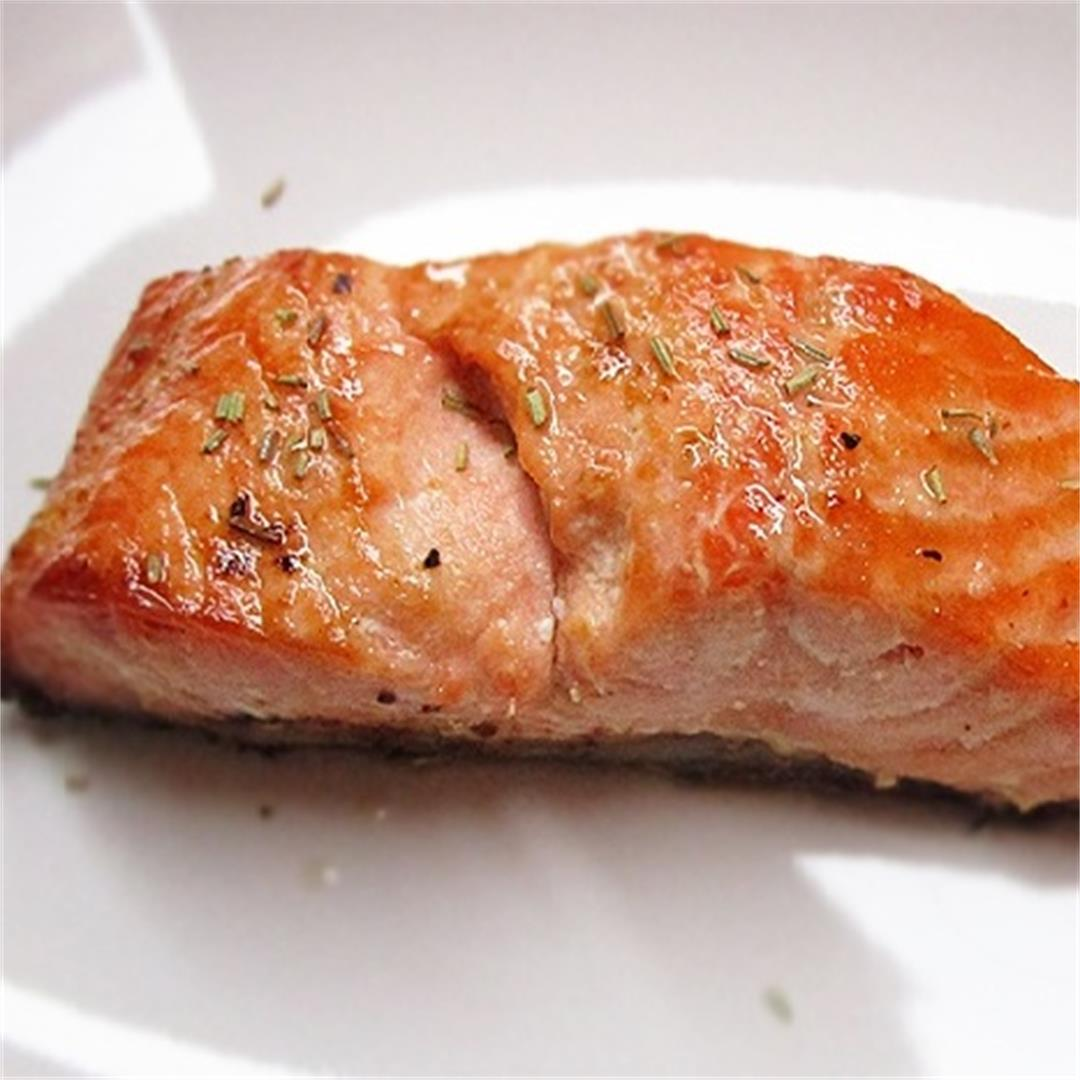Oven-Baked Rosemary Salmon