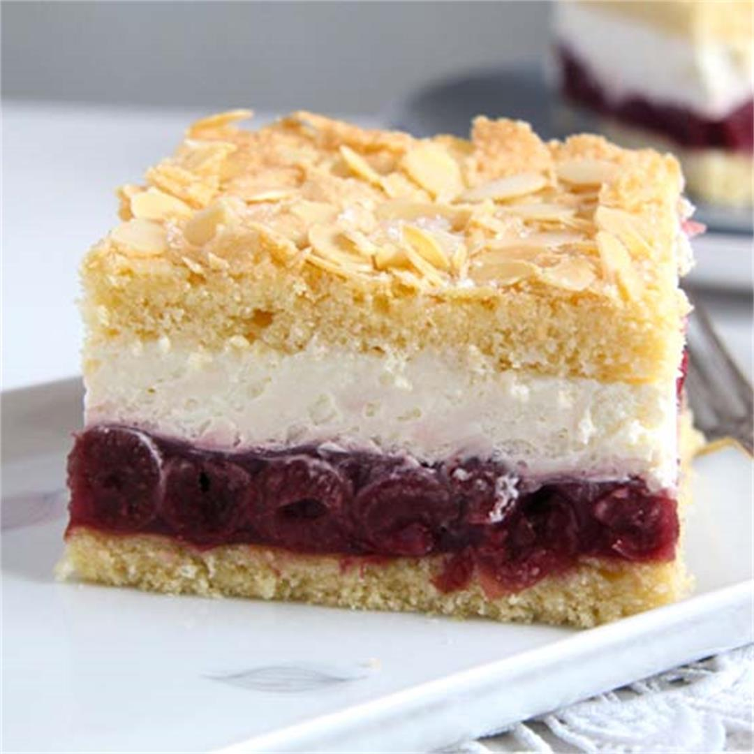 Creamy Cheesecake Recipe with Cherry Filling