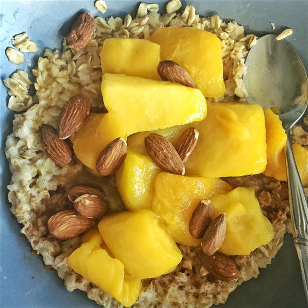 Easy Mango Almond Oatmeal