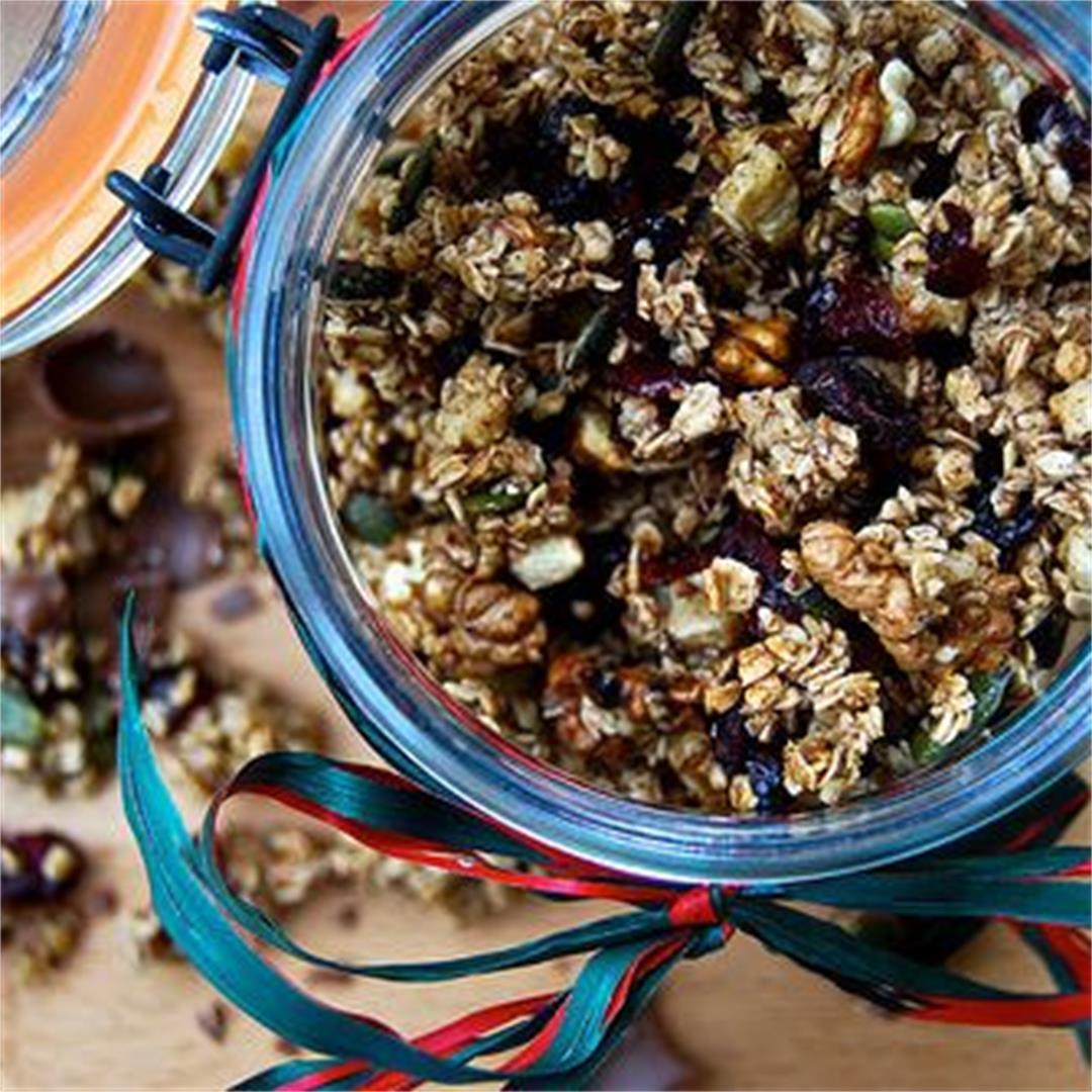 Christmas Spice Cranberry & Walnut Granola