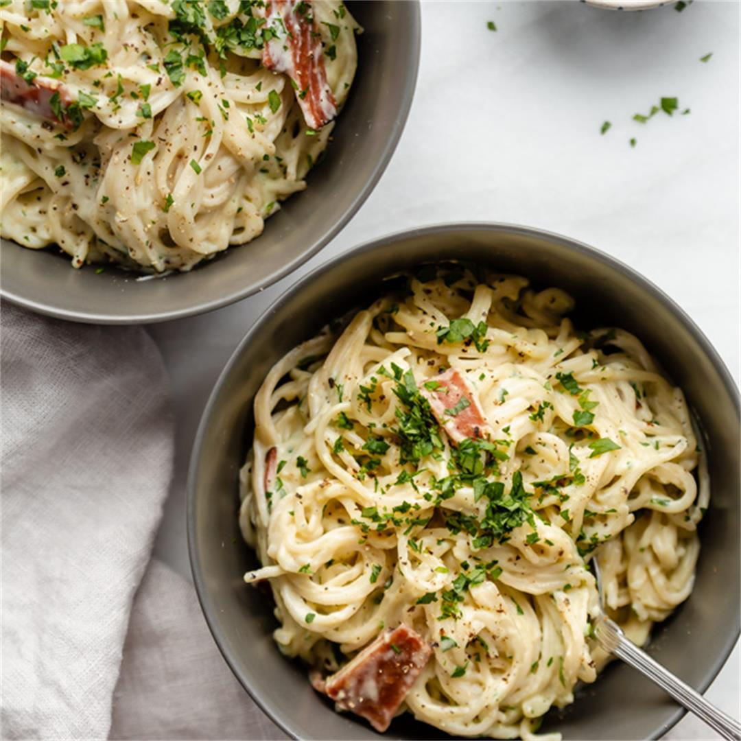 Healthy Spaghetti Carbonara {Plant-Based}
