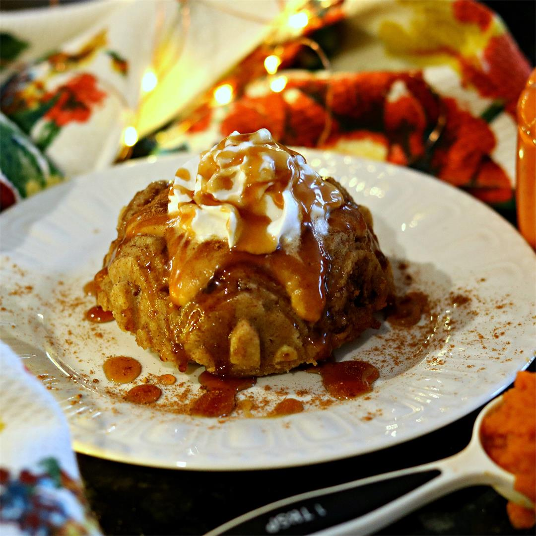 Pumpkin Swirl Cake w/ Pumpkin Glaze