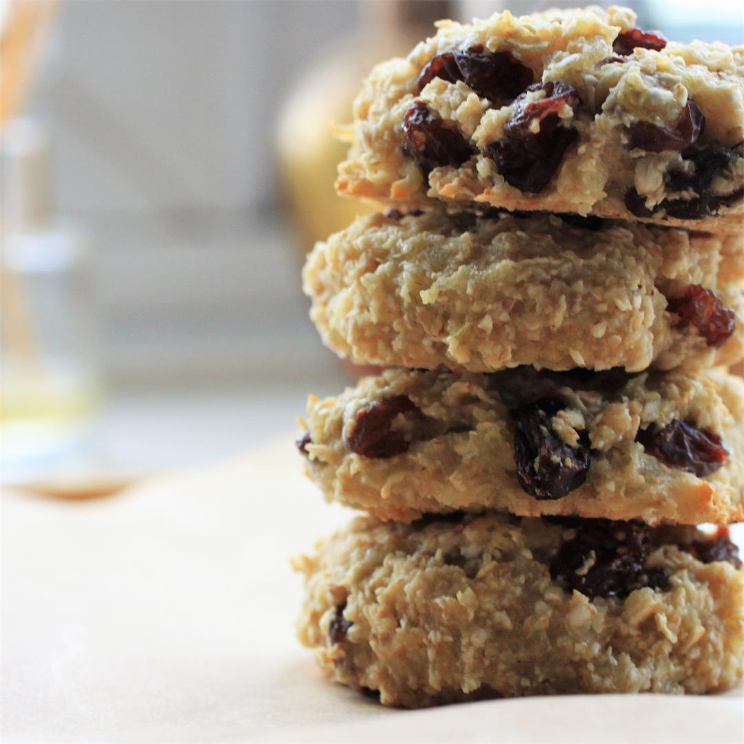 Healthy Oatmeal Raisin Cookies (Vegan, GF, no banana)