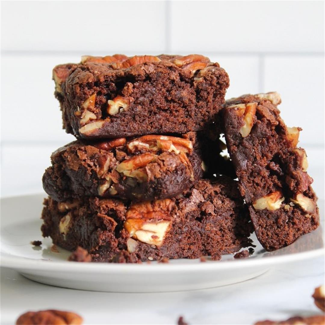 One Bowl Pecan Fudge Brownies