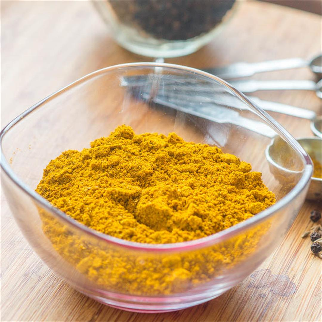 learn how to make your very own fragrant Jamaican curry powder