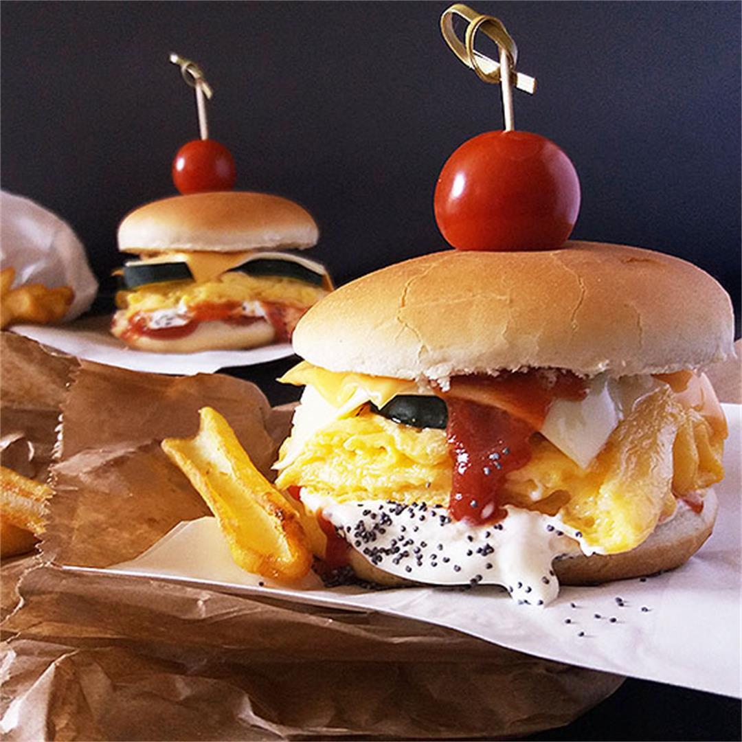 Scrambled Eggs Burger