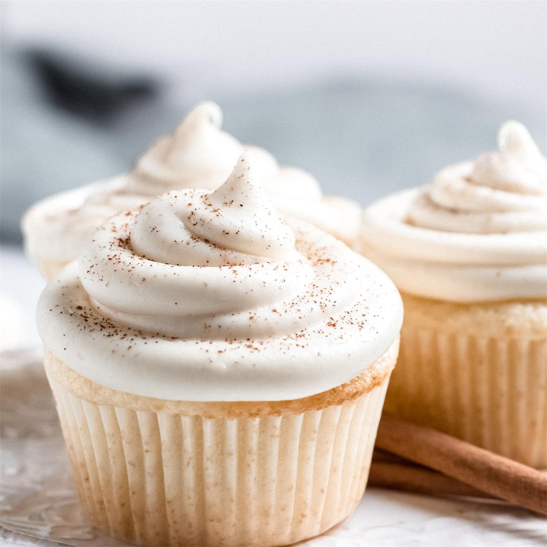 Vanilla Buttermilk Cupcakes with Maple Cream Cheese Frosting