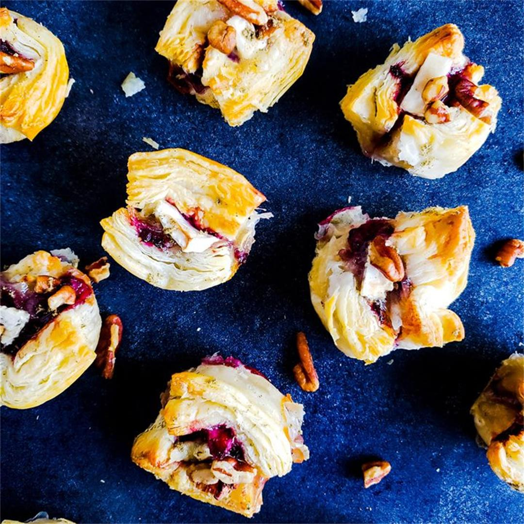 Blackberry Brie Bites with Pecan Sage Topping