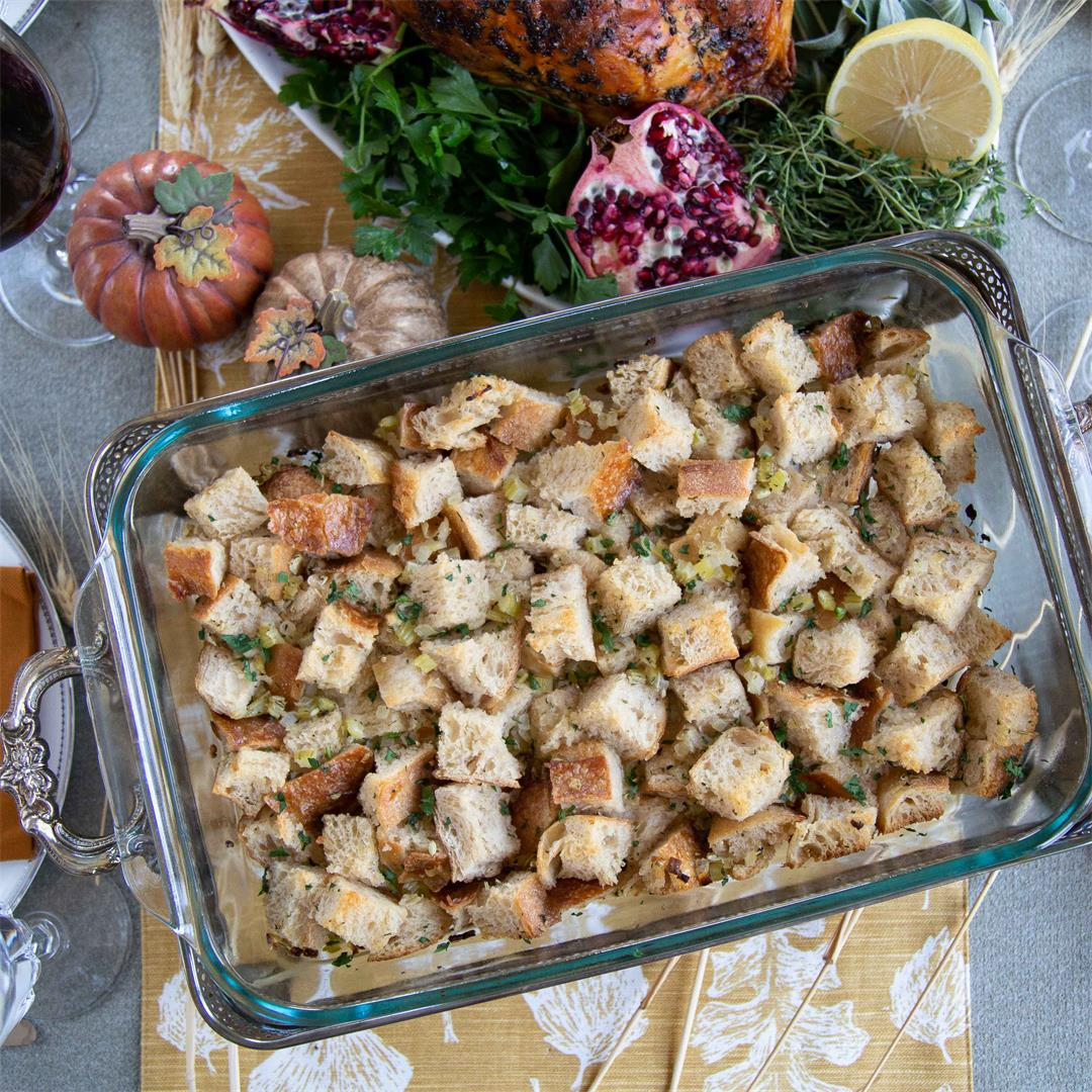 Easy Vegetarian Sourdough Stuffing
