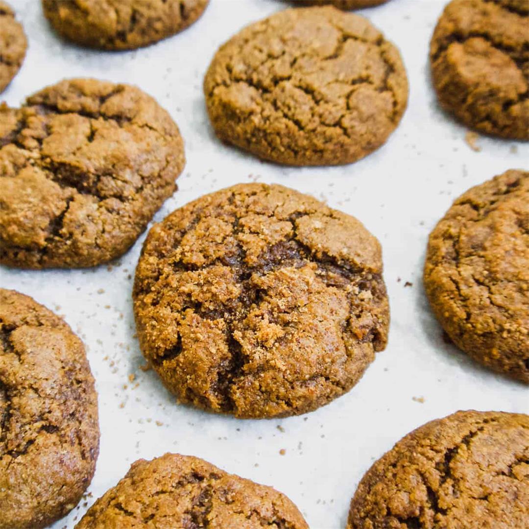 Soft Paleo Pumpkin Molasses Cookies ( GF )