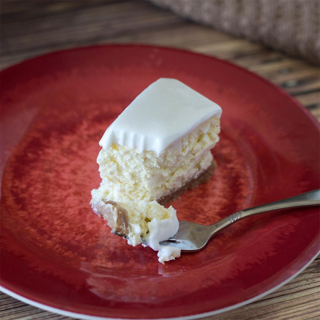 Gluten Free Coconut Cream Cheesecake