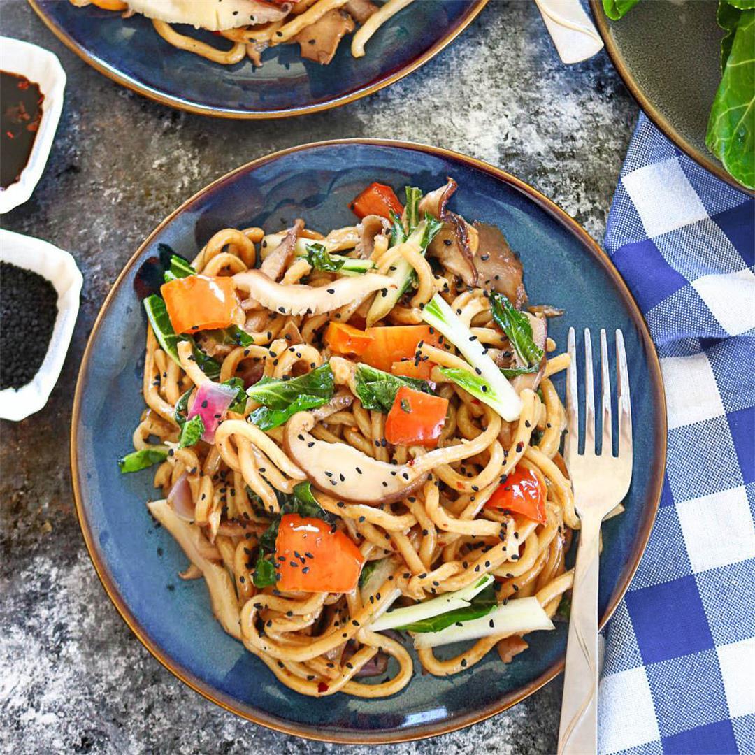 Stir-fry Udon Noodles