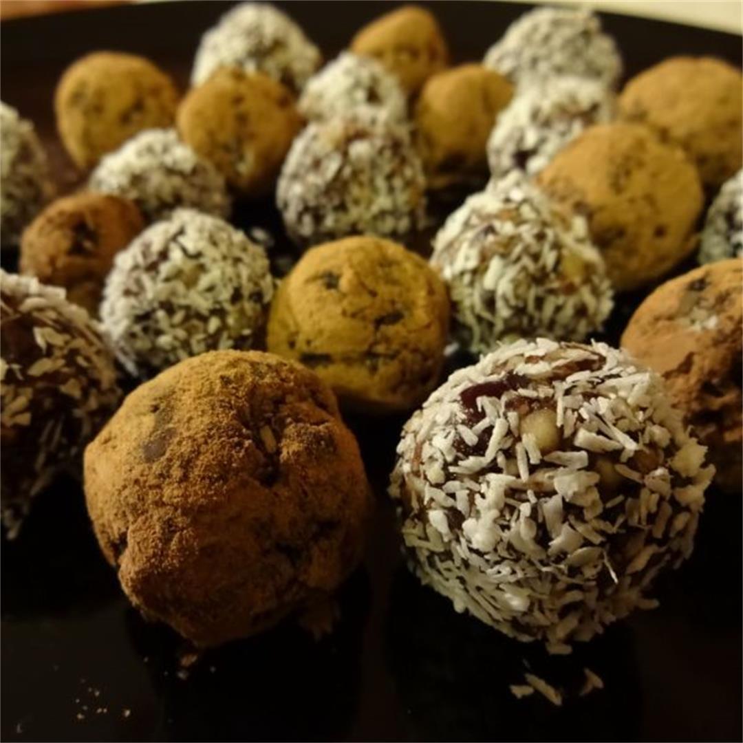 Raw Carob Powder Coconut Bites