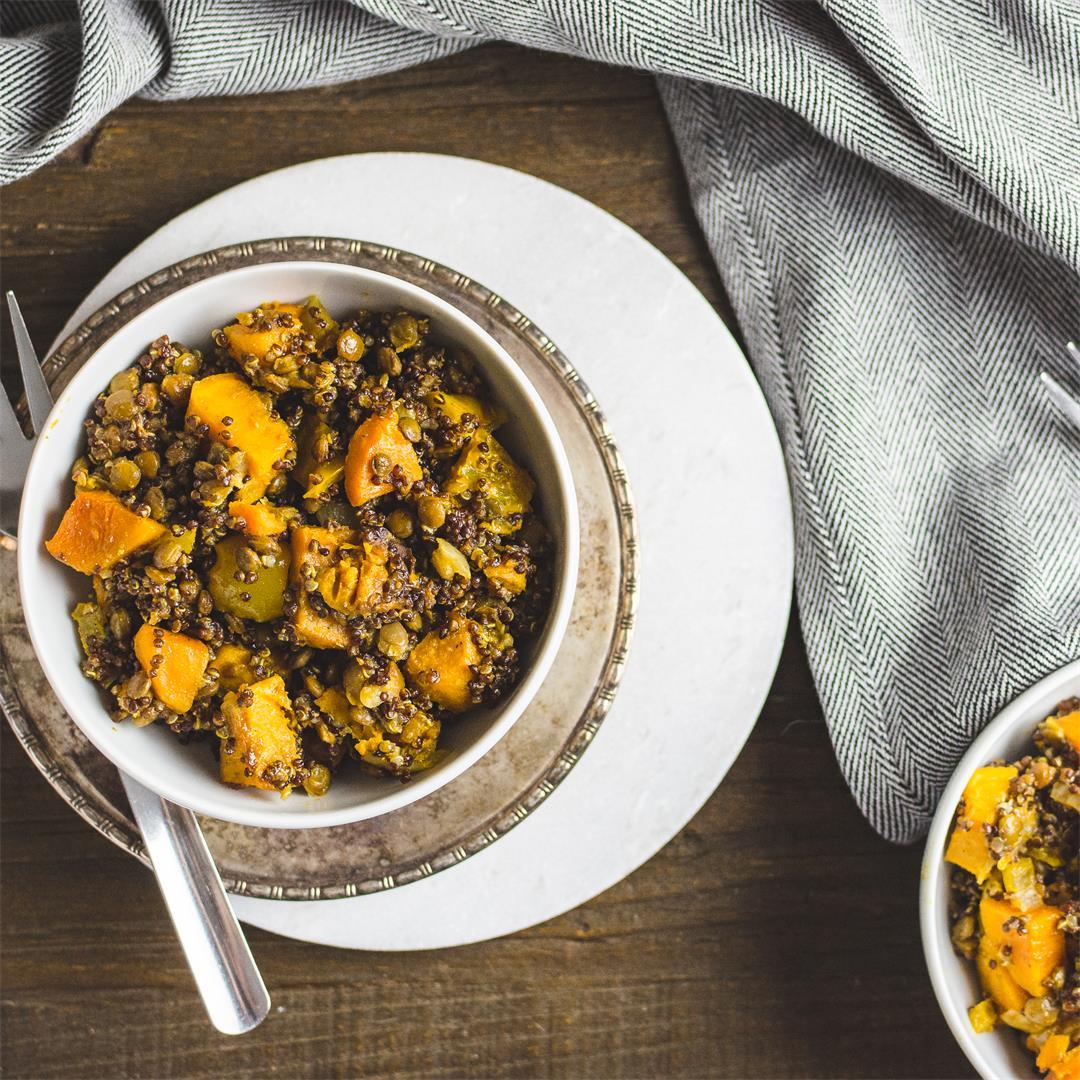Crockpot lentil quinoa