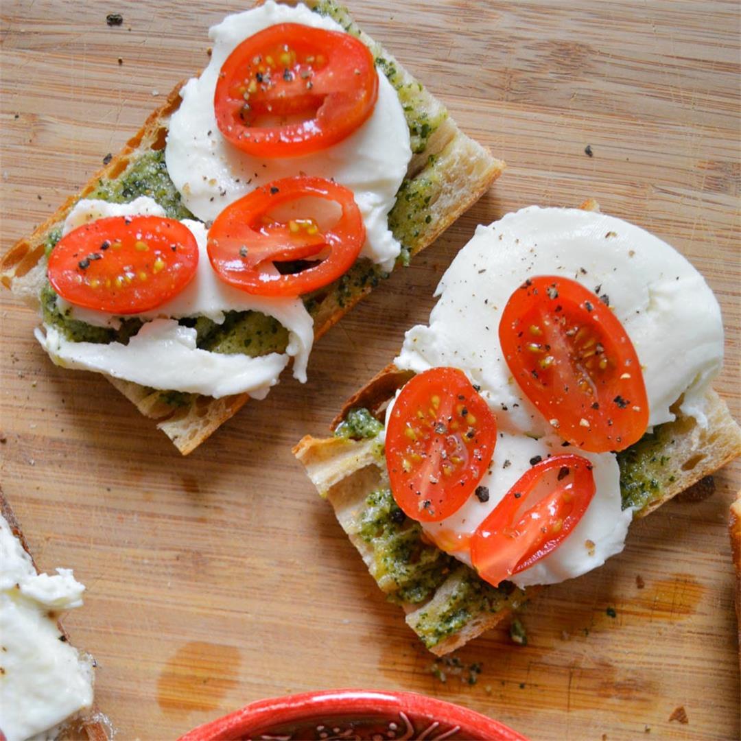 Tomato & Mozzarella Breakfast Sandwiches