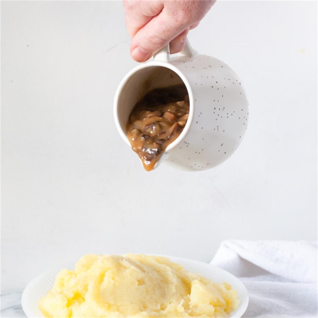 Savory Vegan Mushroom Gravy
