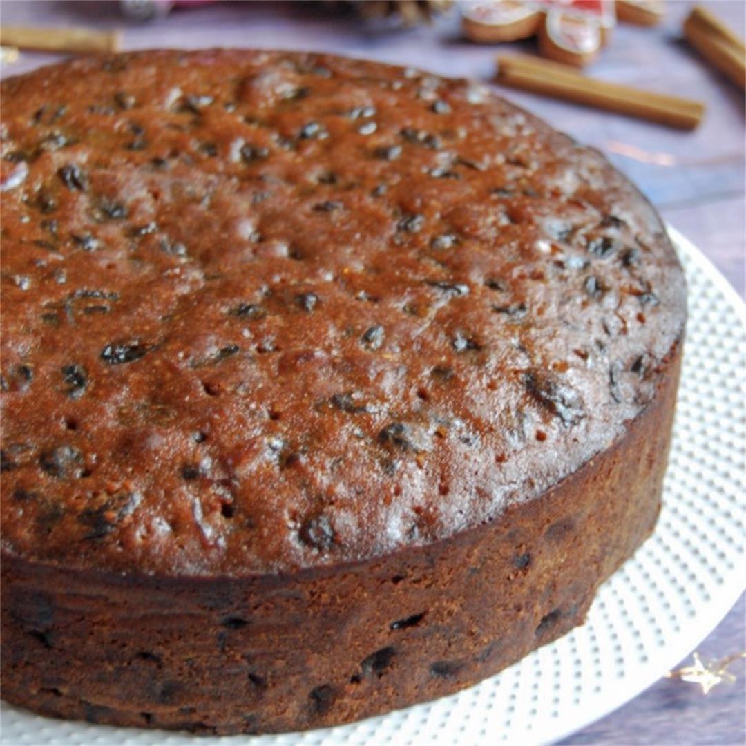 Amaretto Christmas Cake
