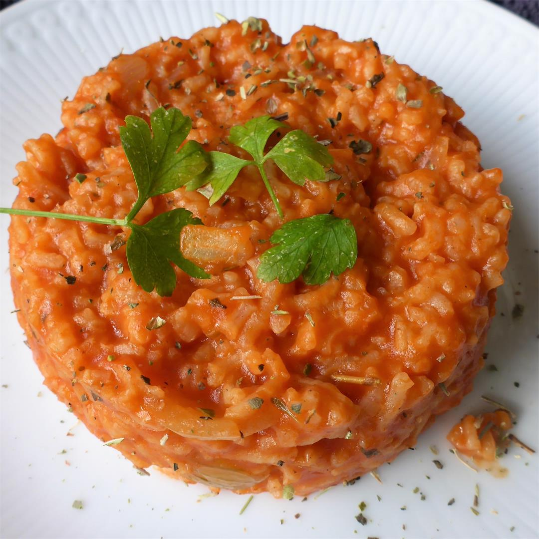 Flavorful, quick, easy & healthy one pot tomato rice recipe