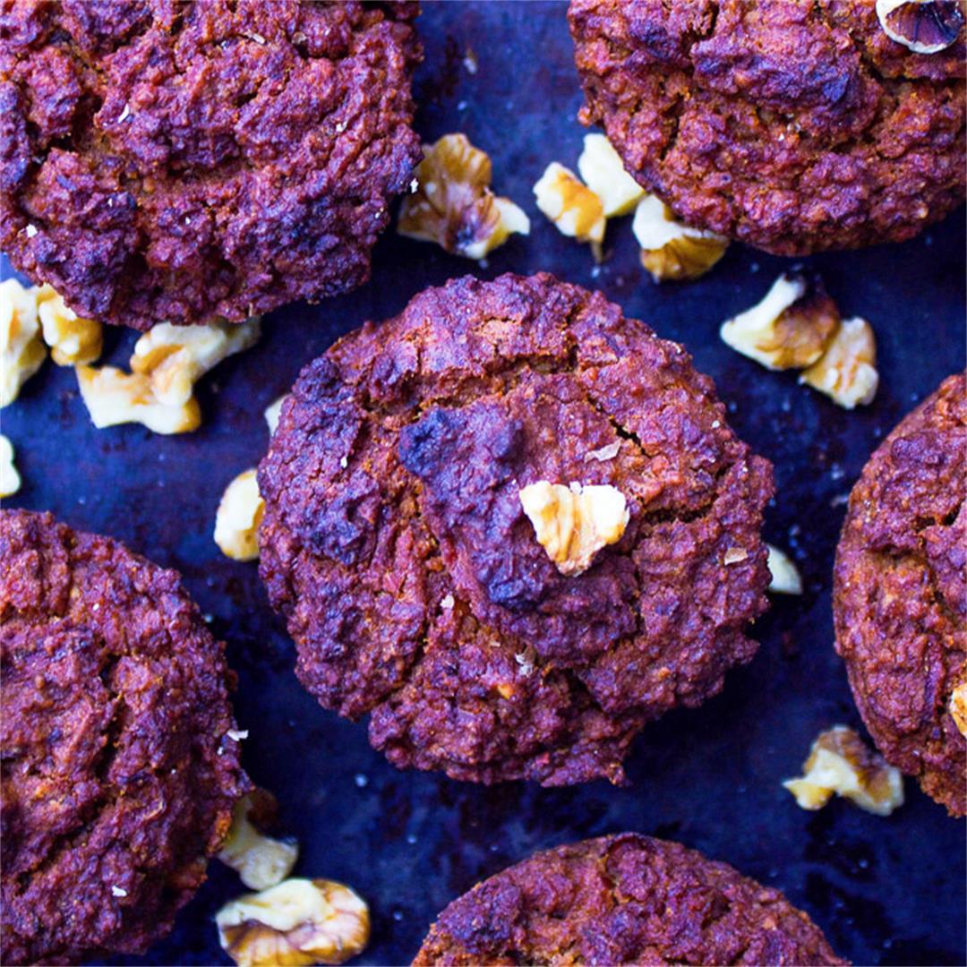 Carrot Cake Muffins (vegan + gluten-free + sugar-free)