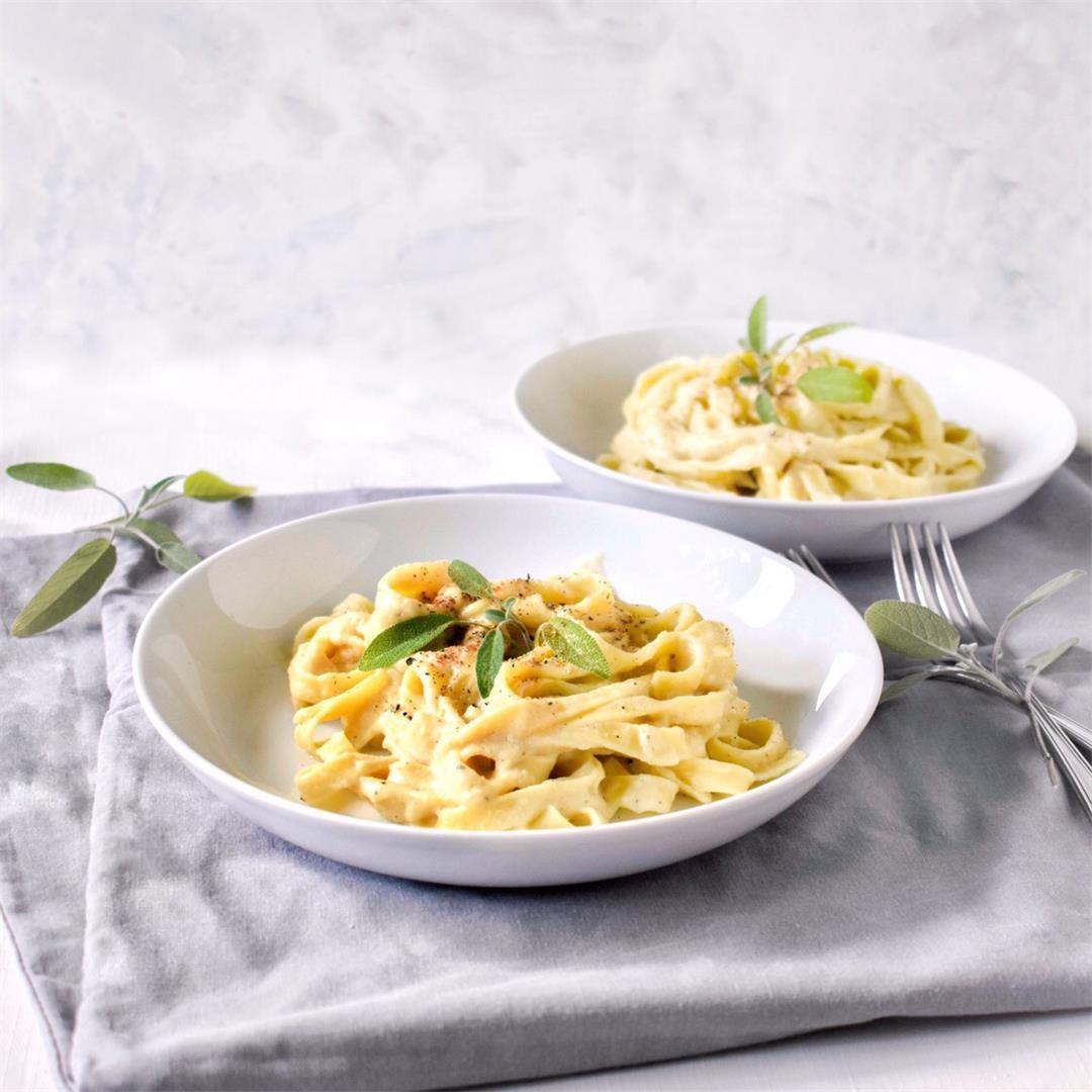 Cauliflower Alfredo Pasta (vegan)