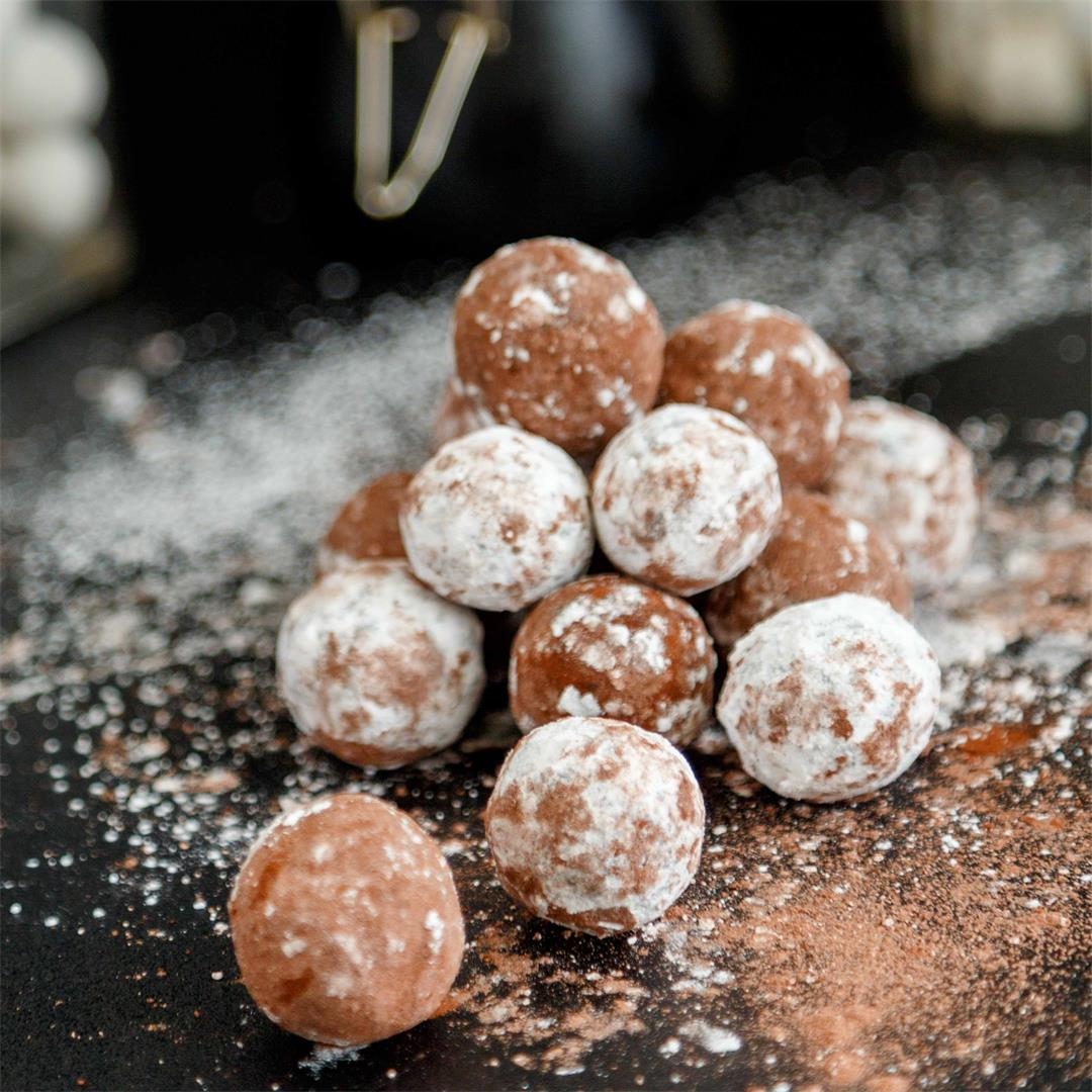 Homemade Chocolate Marzipan Truffles