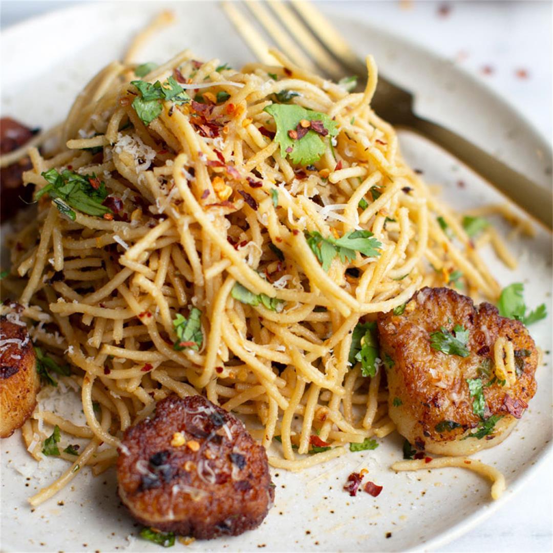 Cilantro Spaghetti Aglio e Olio