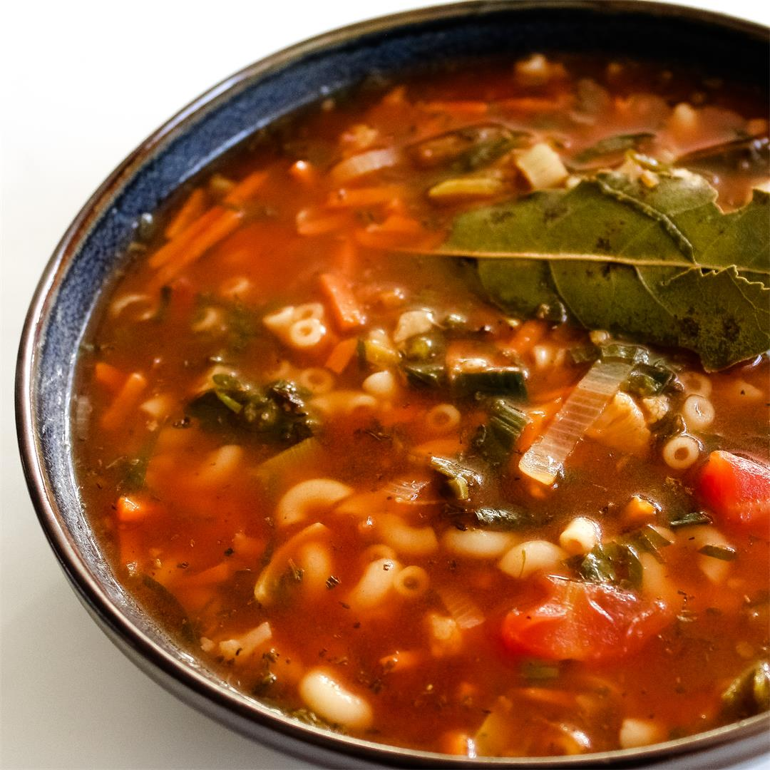 Easy Vegan Minestrone Soup