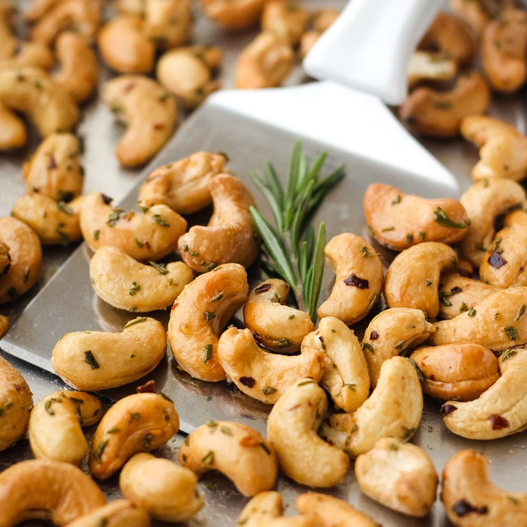 Small Batch Rosemary Cashews