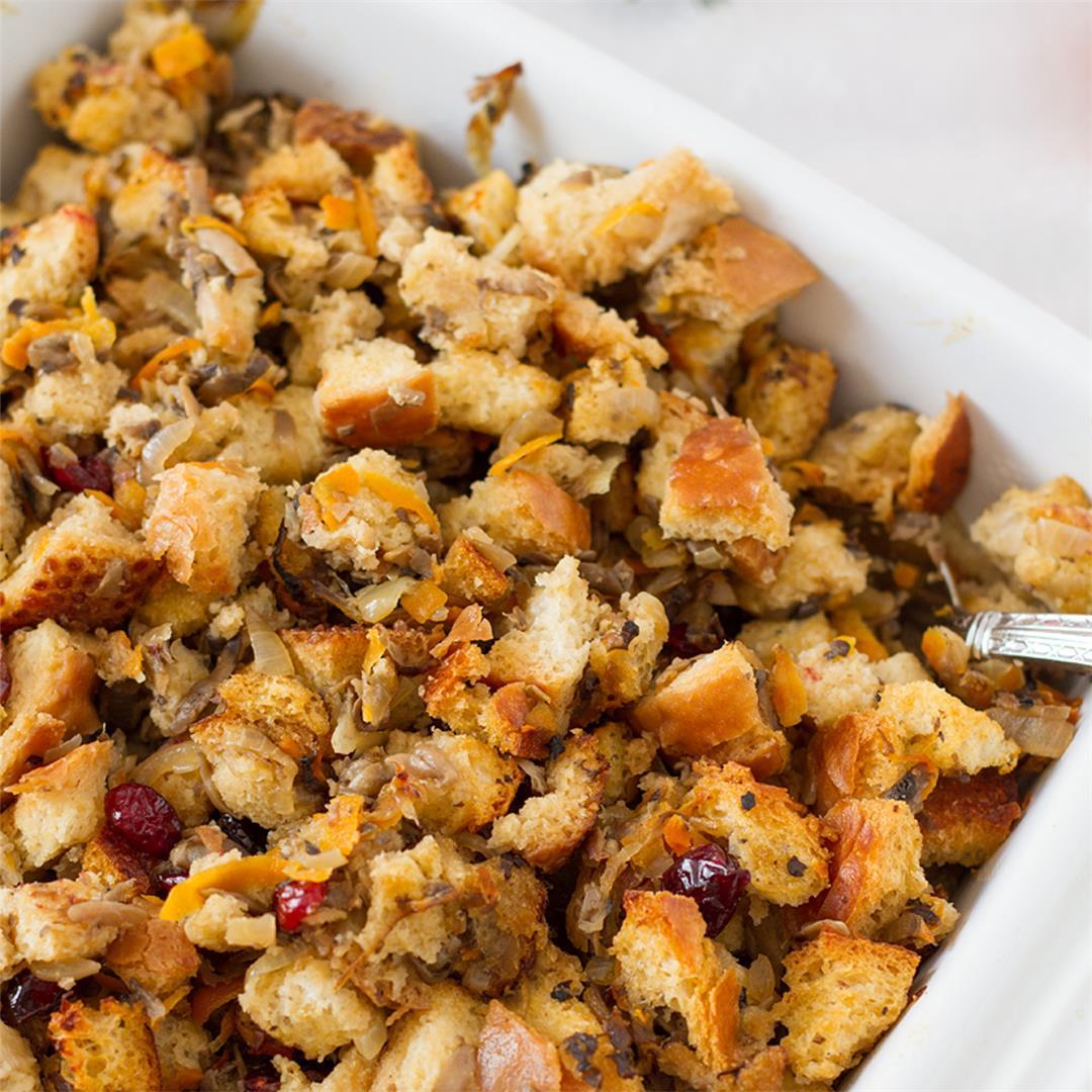 Cranberry Vegetarian Stuffing Casserole