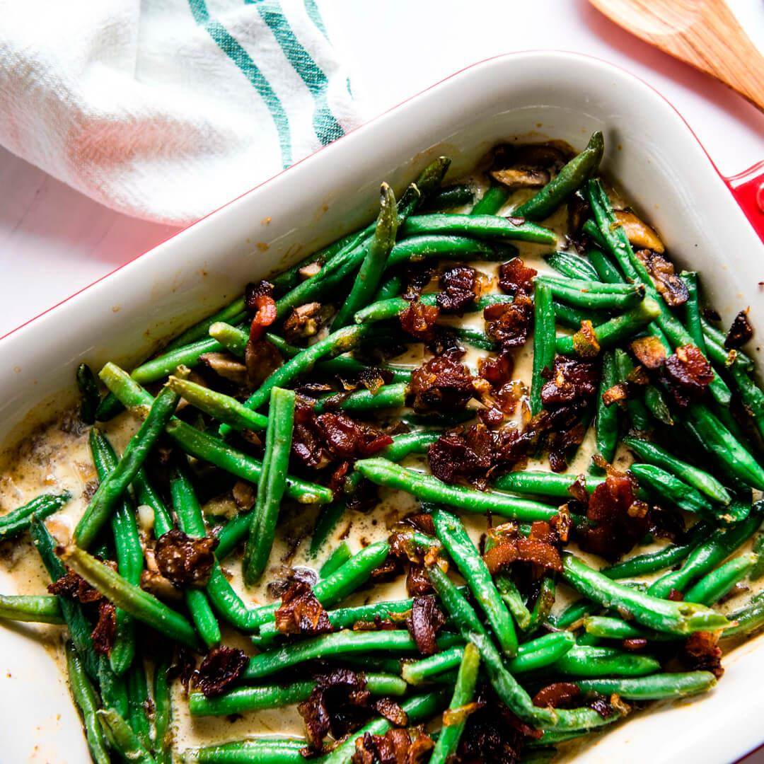 Keto Sautéed Green Beans with Bacon Cream Sauce