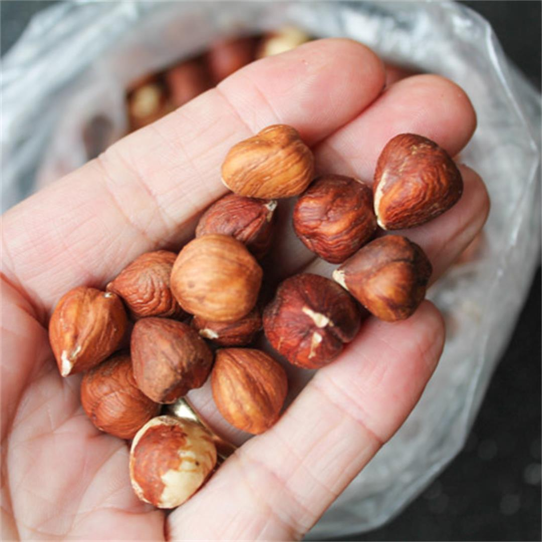 How to Peel & Roast Hazelnuts