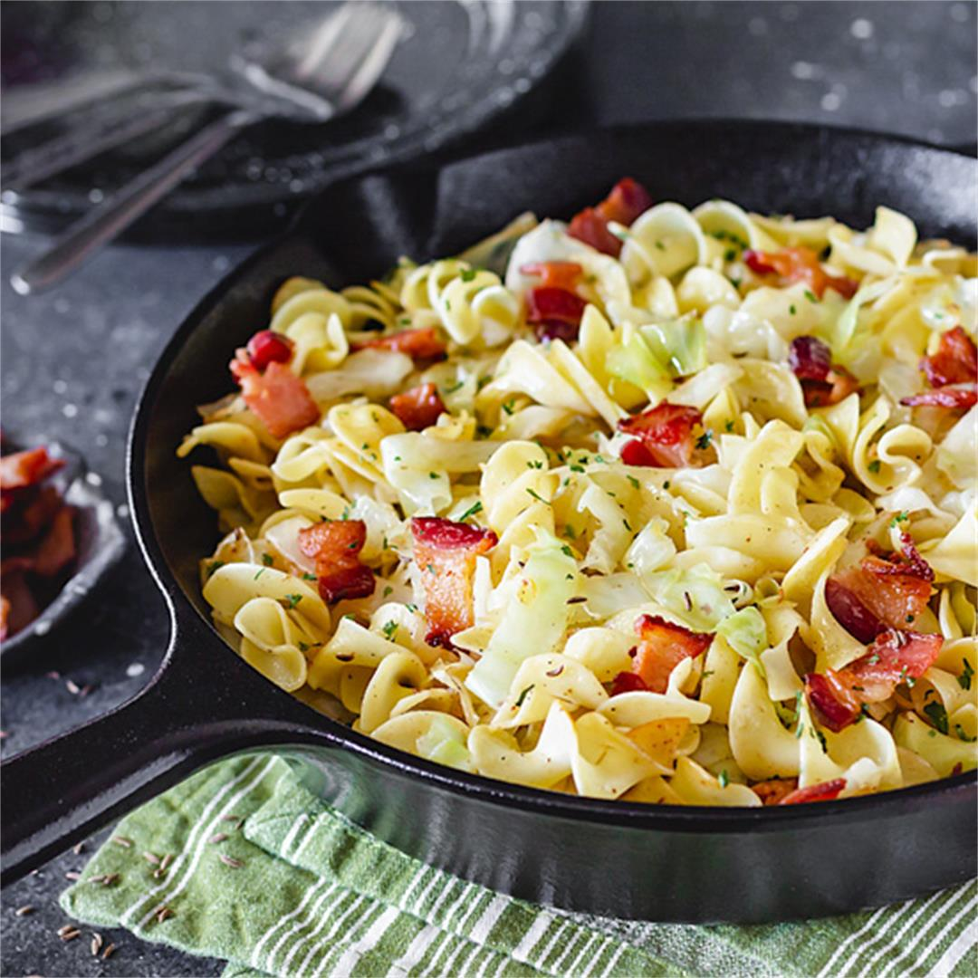 Noodles with Cabbage and Bacon – Polish Haluski Recipe