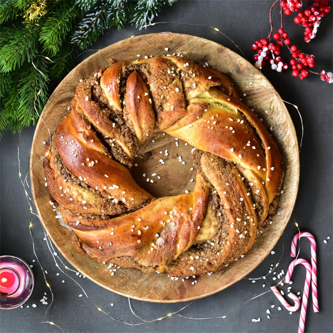 Walnut chocolate babka wreath