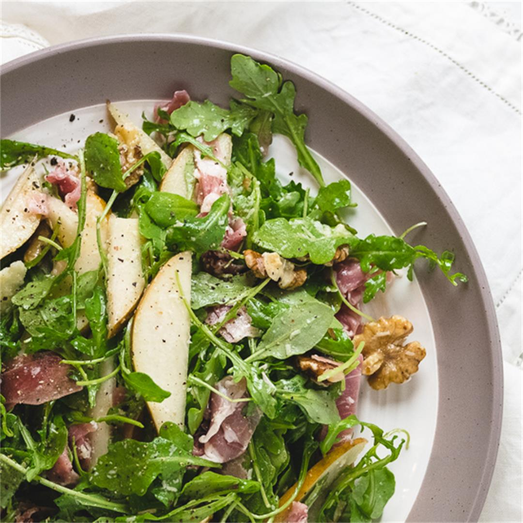 Arugula Salad with Pears and Prosciutto