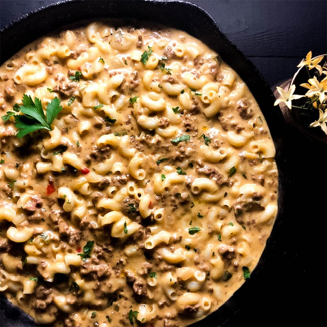 Best Ever Gluten Free Cheeseburger Macaroni Skillet