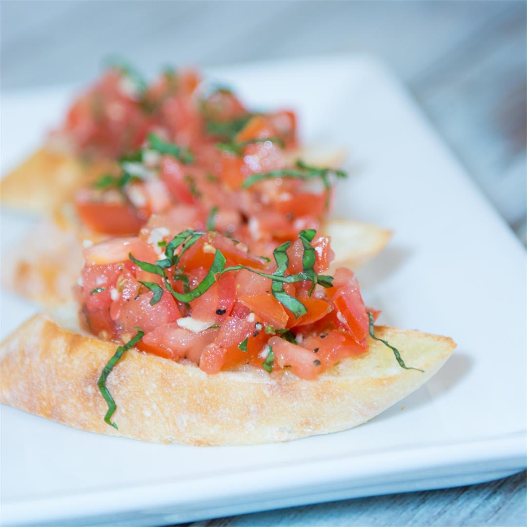 Simple Tomato Bruschetta