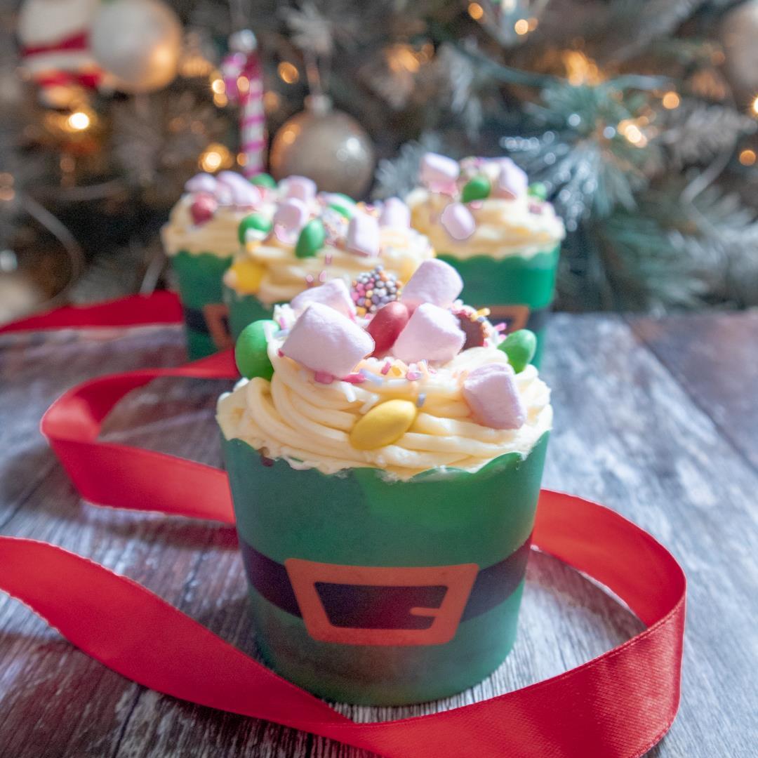 Elf Breakfast Spaghetti Cupcakes
