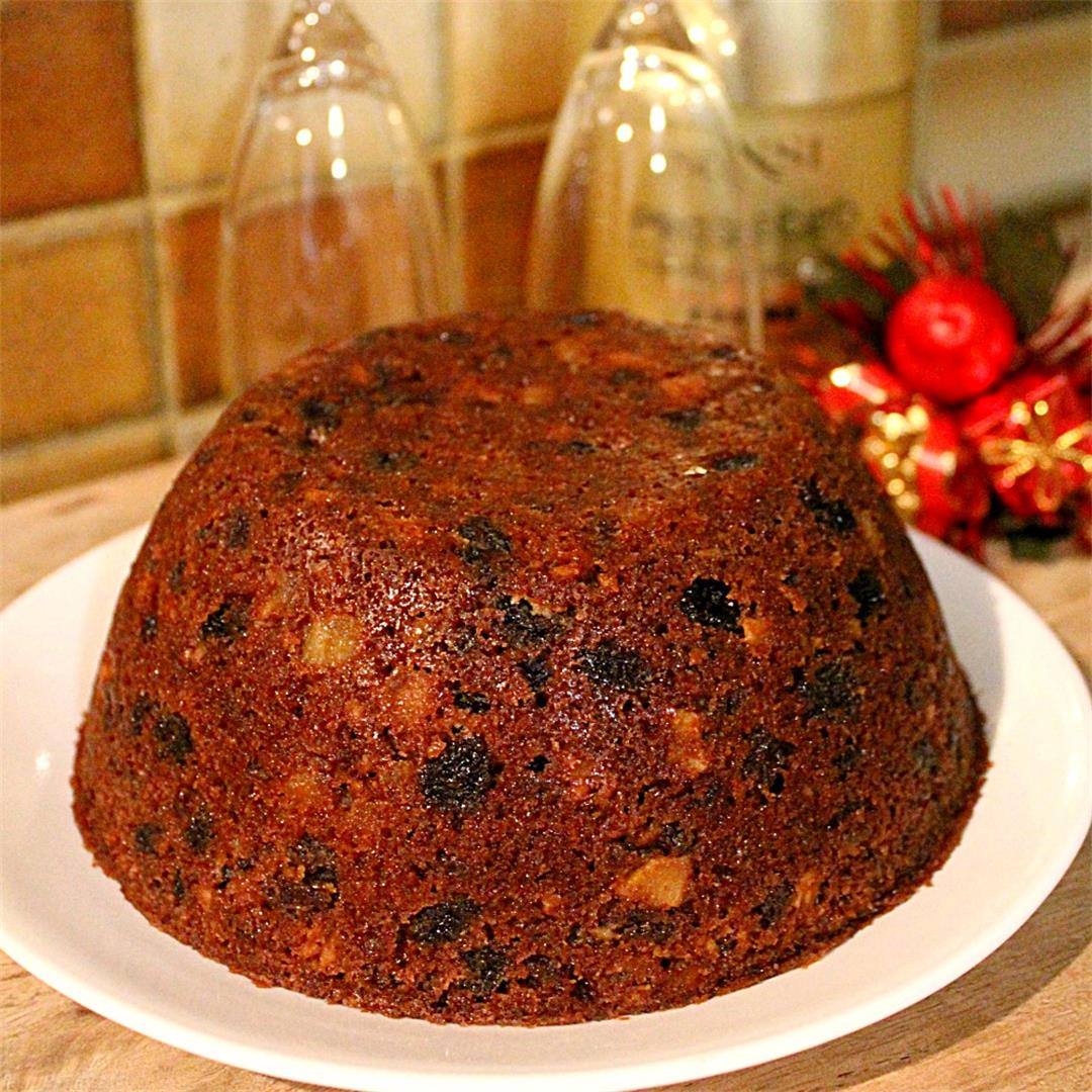 Easy Steamed Christmas Plum Pudding