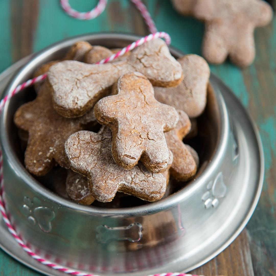 Gingerbread Dog Treats {Gluten free}