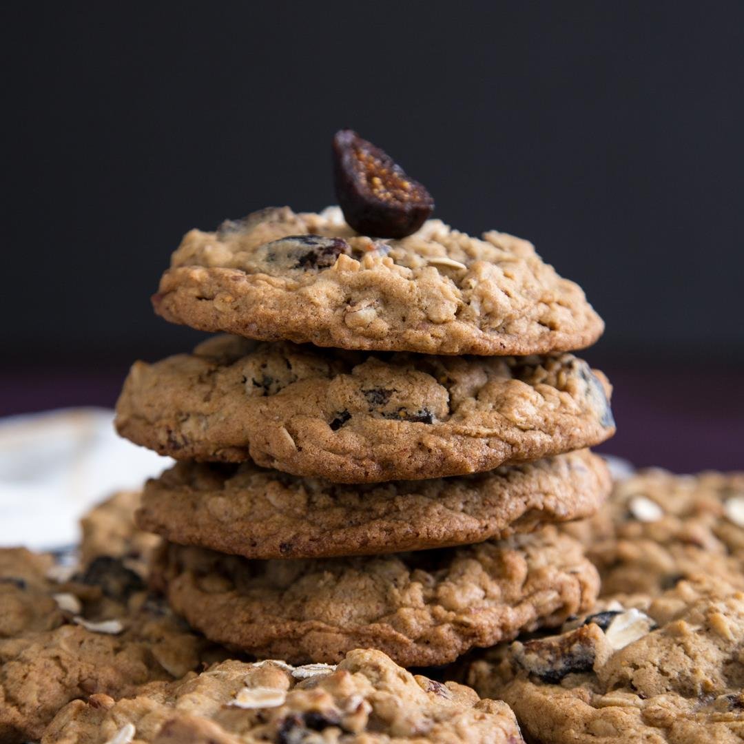 Chewy Oatmeal Fig Cookies