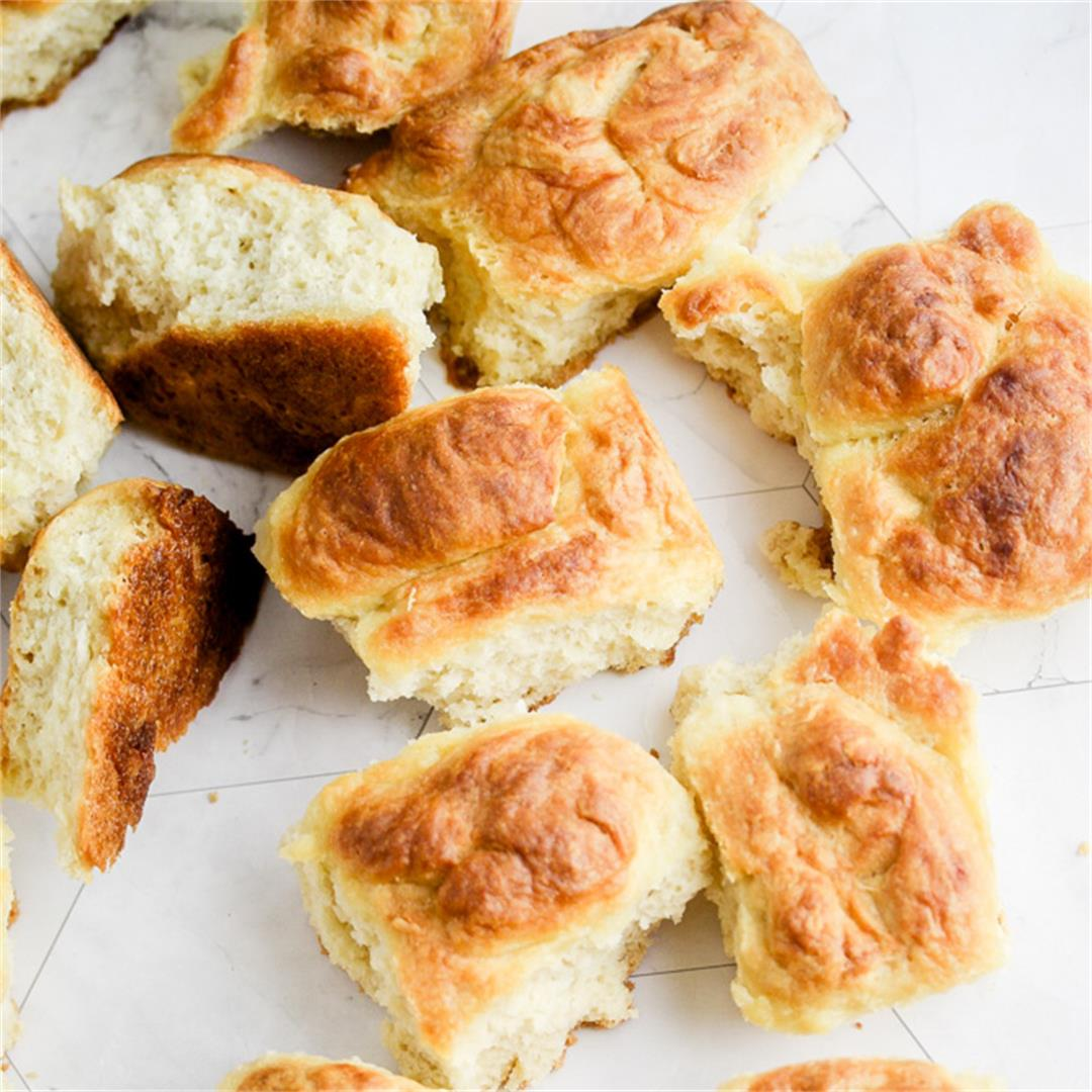 Easy Buttery Vegan Rolls