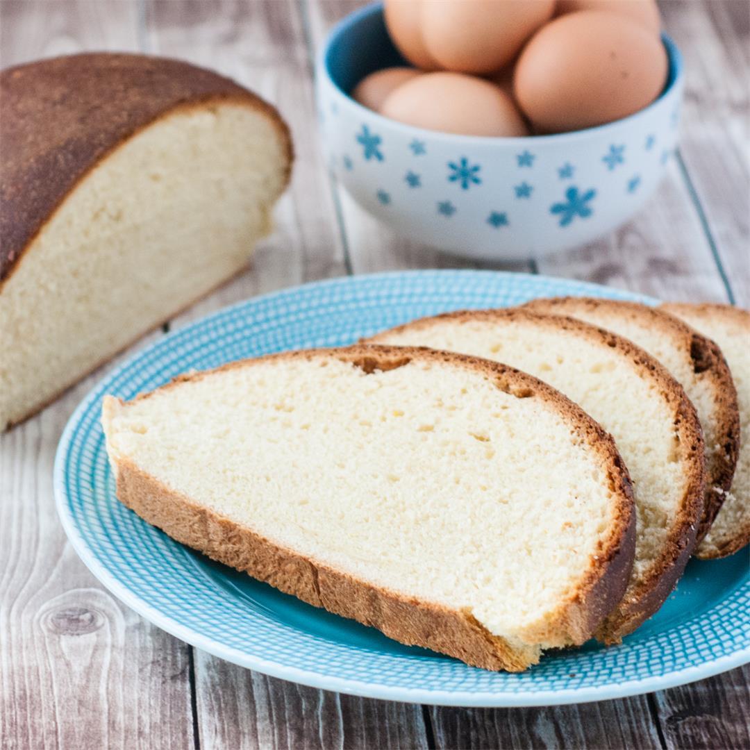 Azores Sweet Bread (Folar or Pão Doce)