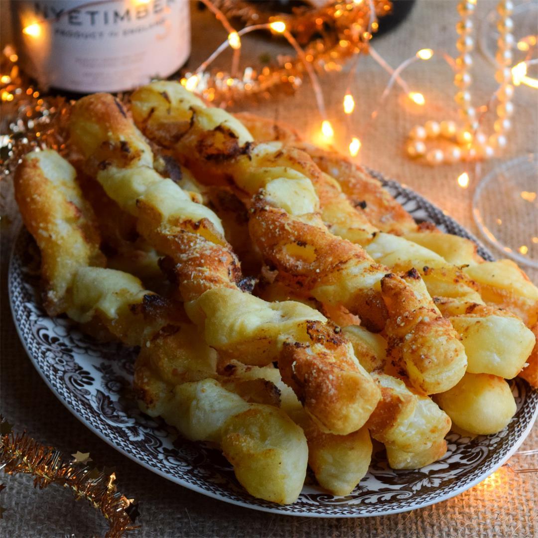 5-Ingredient Crystallised Ginger Cheese Straws