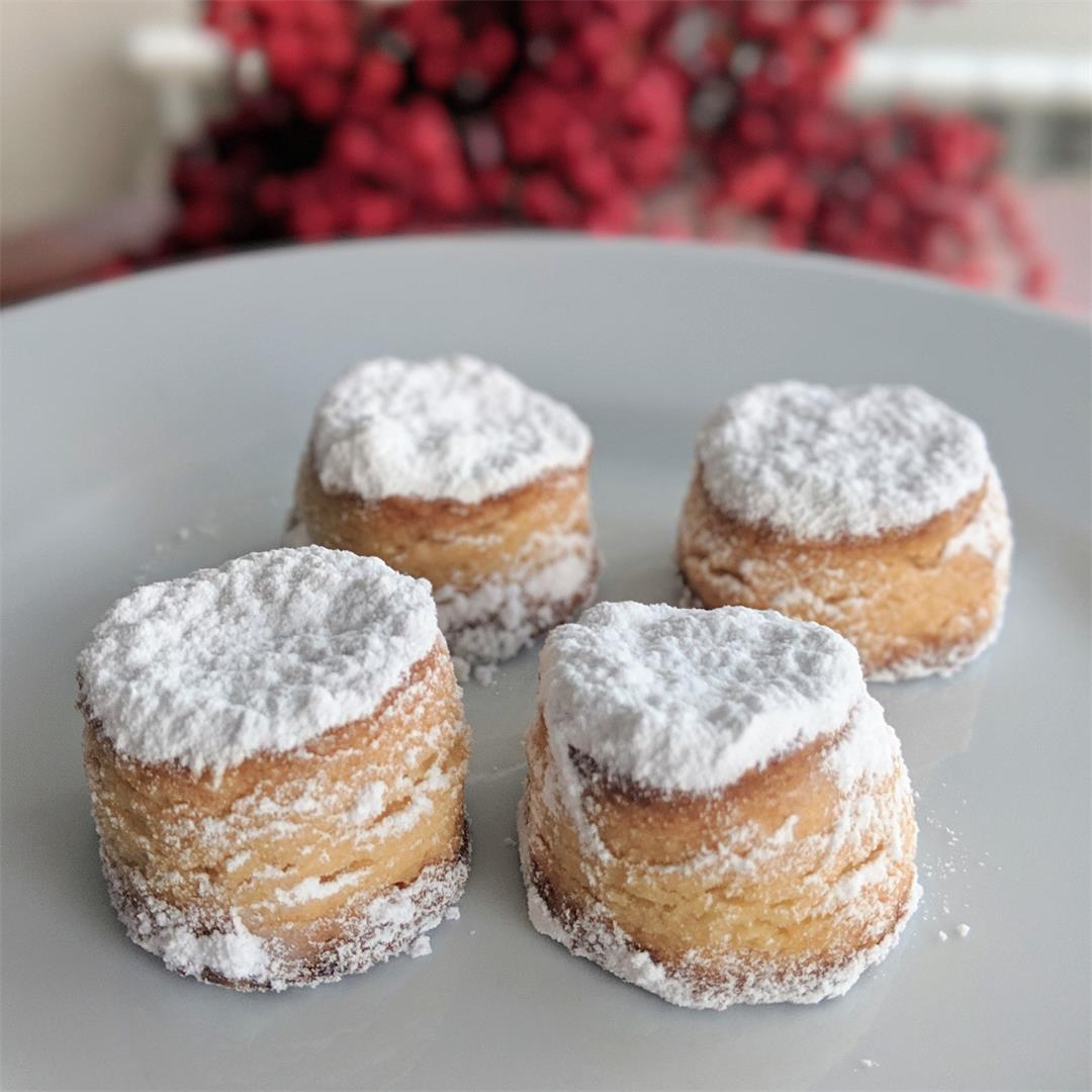 Nevaditos, traditional Spanish sweets