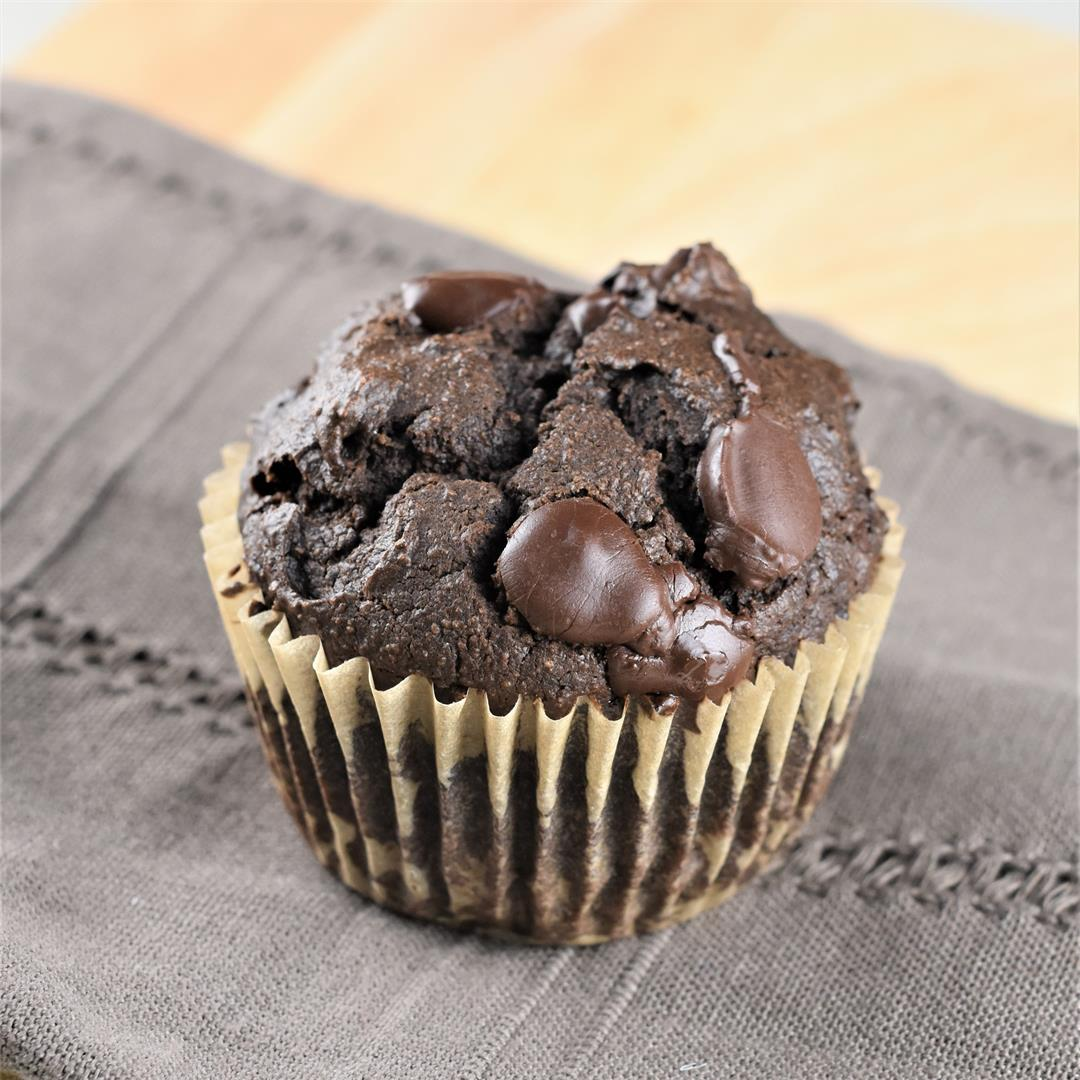Vegan Double Chocolate Chip Muffins [GF, Refined Sugar-Free]