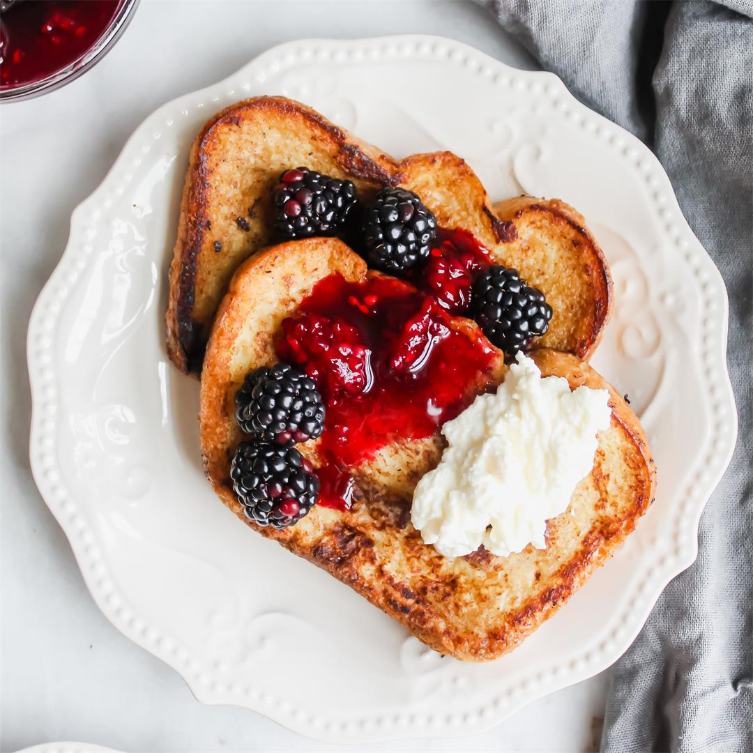 Ricotta French Toast with Blackberry Compote