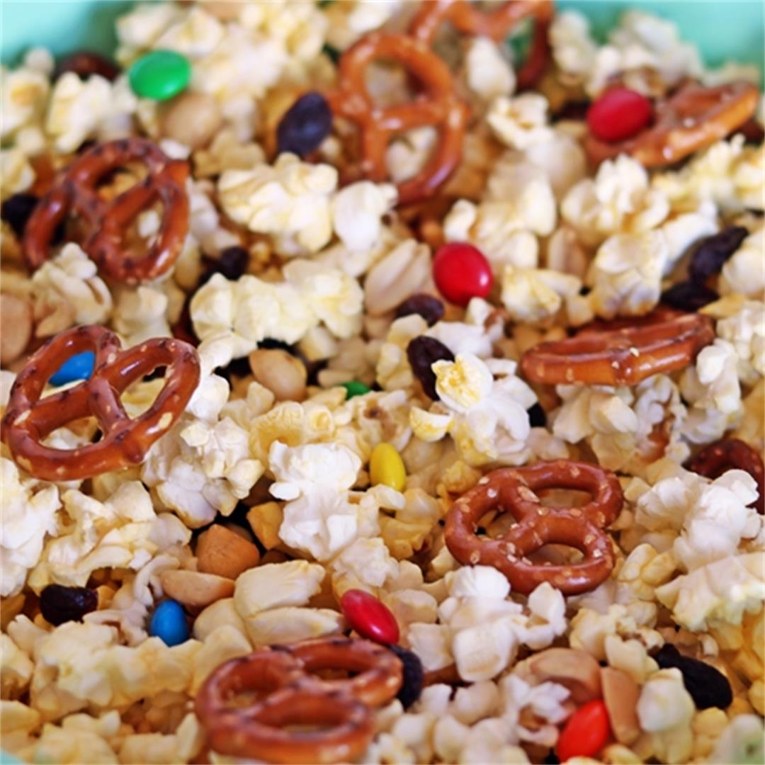2-Minute Sweet & Salty Snack Mix