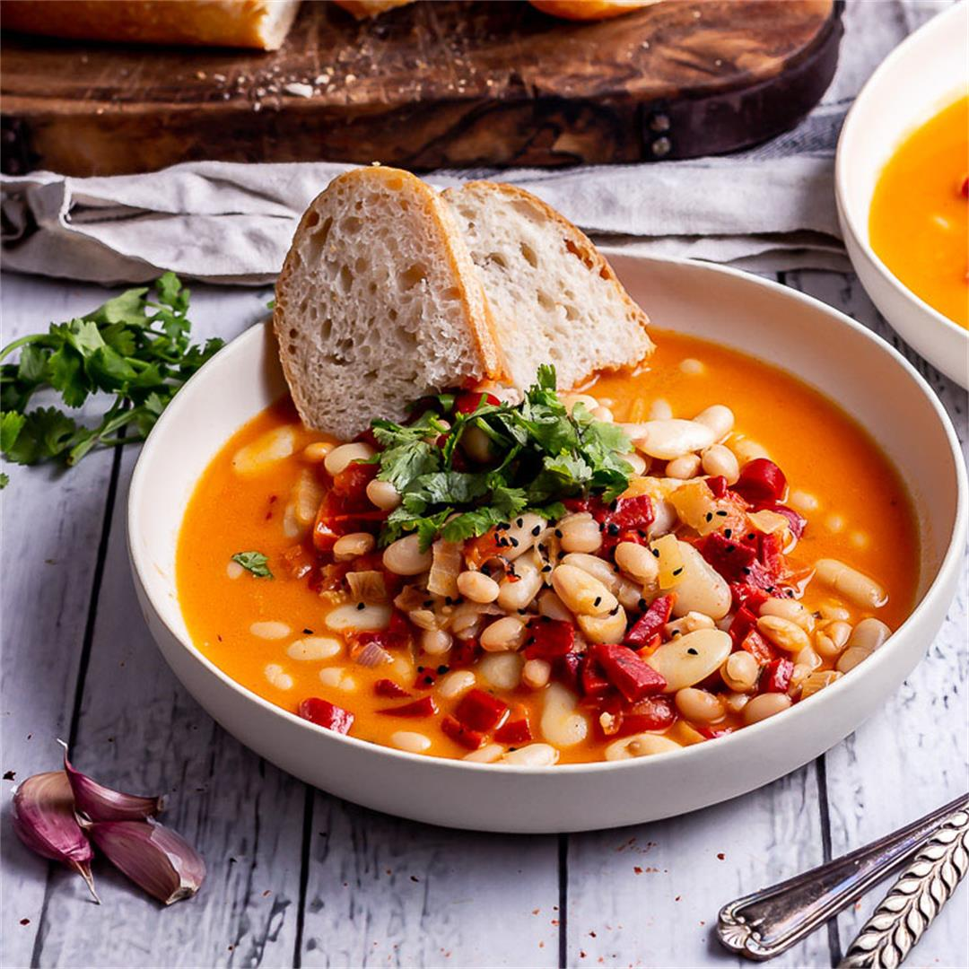 Roasted Red Pepper Soup with White Beans